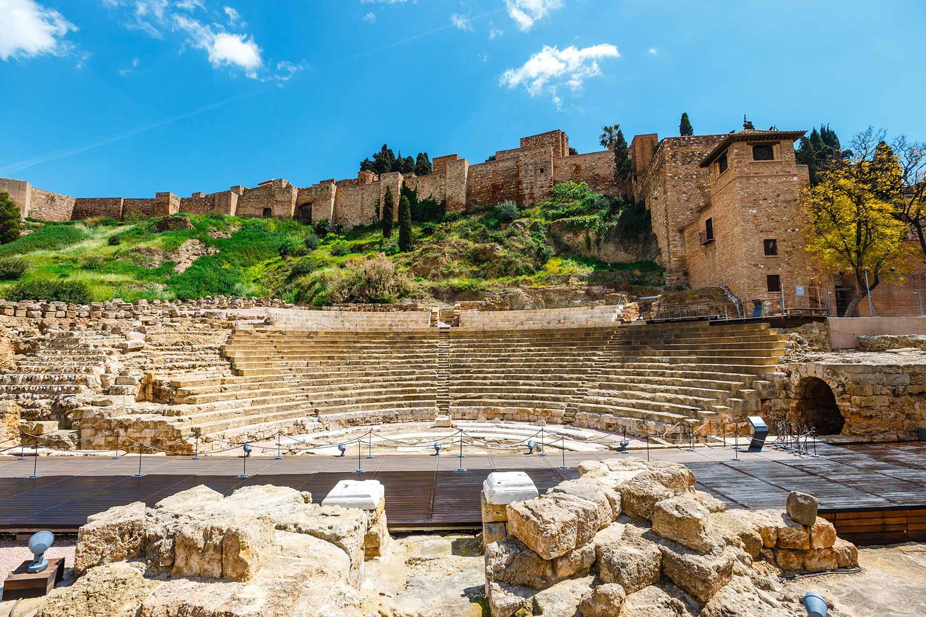 Visita Guiada Alcazaba y Teatro Romano Malaga - CM City Tours